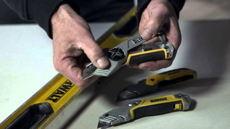 How to Change Box Cutter Blade Fast and Easy
